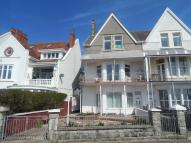 2 bed Flat to rent in The Esplanade, Porthcawl...