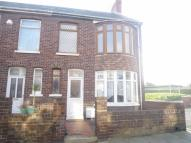 Flat to rent in Wellfield Ave, Porthcawl...