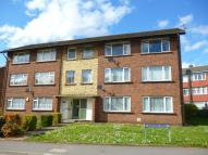 2 bed Flat in Malvern Court...