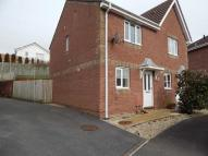 2 bedroom semi detached house to rent in Heol Barcud, Birchgrove