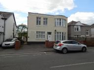 Apartment to rent in Lone Road, Clydach