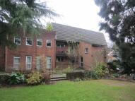 2 bedroom Ground Flat in Dulwich Gardens, Llandaff