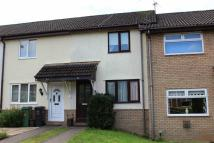 Terraced home in Woodlawn Way, Thornhill...