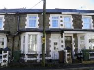 Birch Grove Terraced house to rent