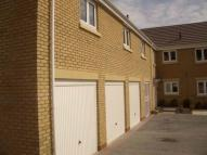 Flat to rent in Woodside Drive, Newbridge