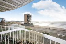3 bed Apartment in Goose Island...