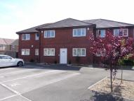Flat to rent in Deemuir Square, Tremorfa...