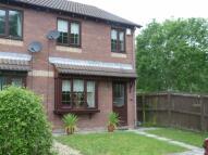 3 bedroom semi detached house to rent in Cwrt Llechau, Llanharry...
