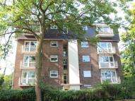 1 bedroom Flat to rent in Warwick Court...