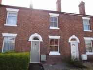 2 bed Town House in Crowmere Road...