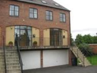 4 bedroom Town House to rent in Longden Coleham...