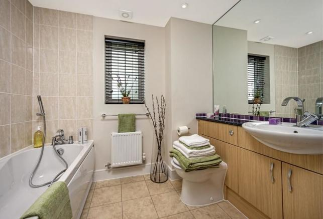 Previous Warwick Show Home Bathroom