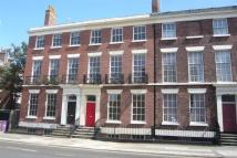 Flat to rent in Catharine Street...
