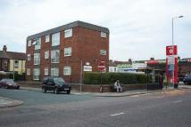 Flat to rent in Walsingham Court...