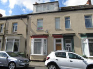 Lawrence Street Flat to rent