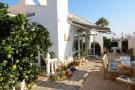3 bedroom Detached property for sale in Villamartin, Alicante...