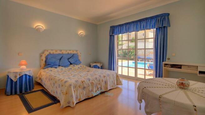 Bedroom 3 by pool