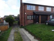 Flat to rent in Gadlas Road, Llysfaen...