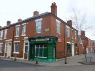 Commercial Property in Retail Unit with 2...