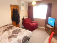 Studio apartment in Brendon Close...