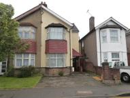 4 bedroom semi detached house for sale in Dawley Road, Hayes...