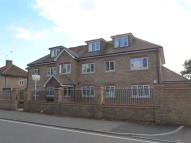 2 bed Flat to rent in Cranford Lane...