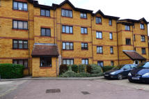 1 bedroom Flat in Cornmow Drive, London...
