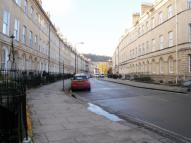 Flat to rent in Henrietta Street