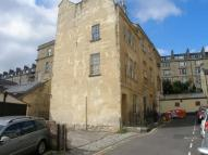 Flat to rent in Chatham Row