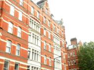 Flat in Grays Inn Road...