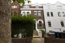 Flat to rent in Brondesbury Villas...