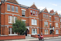 2 bed Flat in Marius Road, Balham