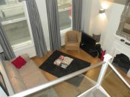 2 bed Flat in Great Queen Street...