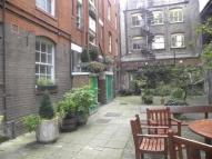 2 bed Flat to rent in Tavistock Street...
