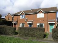 Flat in Roper Walk, Woodsetton...
