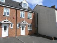 3 bedroom semi detached property in Garden Walk...