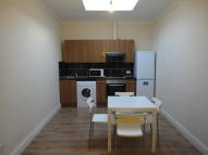 1 bedroom Ground Flat to rent in Frimley Road, Ilford, IG3