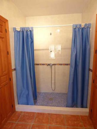 J&J bathroom
