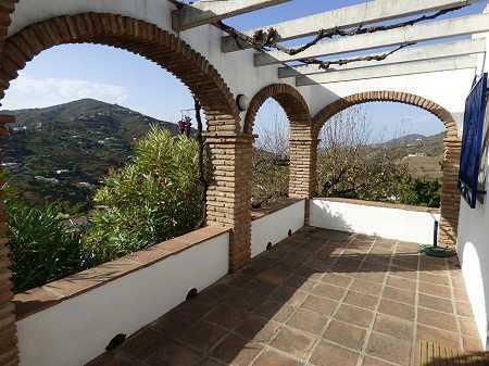 Apt. terrace