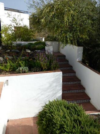 Steps to pool