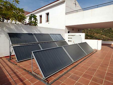 CH solar panels
