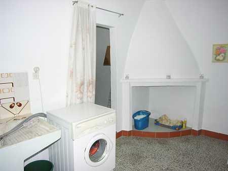 Top wash room