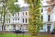 Flat to rent in Chalcot Square...