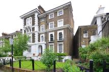 1 bed Flat to rent in Gloucester Crescent...