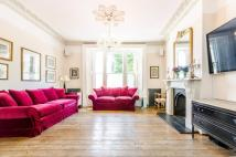 4 bed semi detached property to rent in Junction Road...