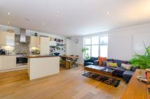 2 bed Flat to rent in Brecknock Road...