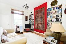 Flat to rent in Cantelowes Road, Camden...