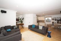 Flat for sale in Prince of Wales Road...