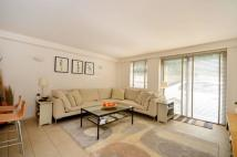 3 bed Flat for sale in York Way, Kentish Town...