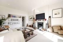 2 bed Flat in Holly Terrace, Highgate...